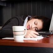У поздно ложащихся спать подростков чаще бывают гнилые зубы